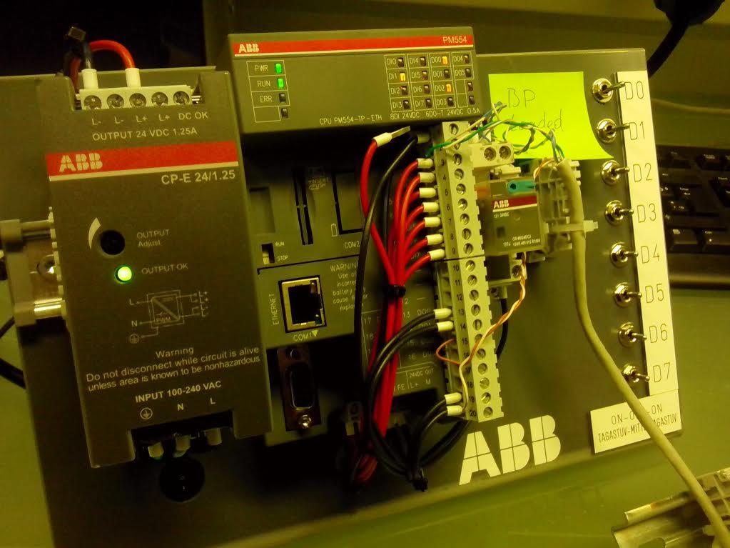 ABB PM554 tööstuskontroller