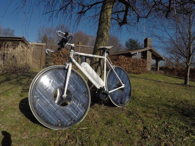 Solar-Bike-by-Jesper-Frausig-1