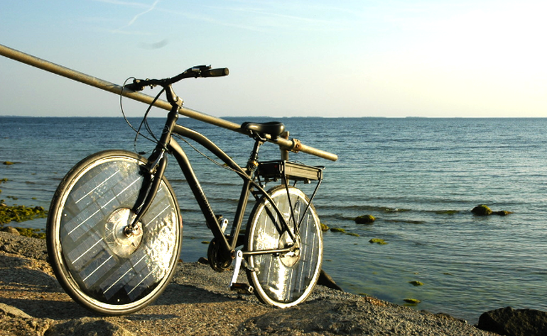 Solar-Bike-by-Jesper-Frausig-4 (1)