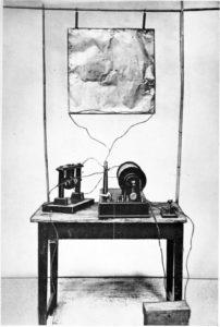 Marconi esimene raadiosaatja