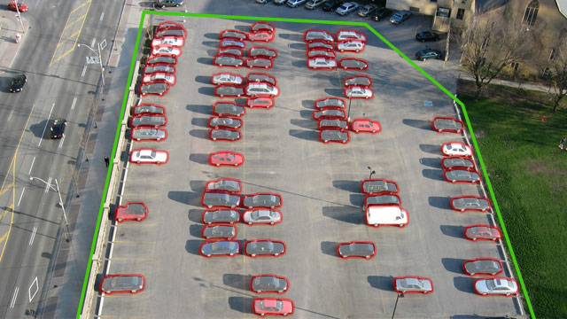 Joonis 3. Automaatne autode kokkulugemine parklas digitaalselt pildilt või videolt